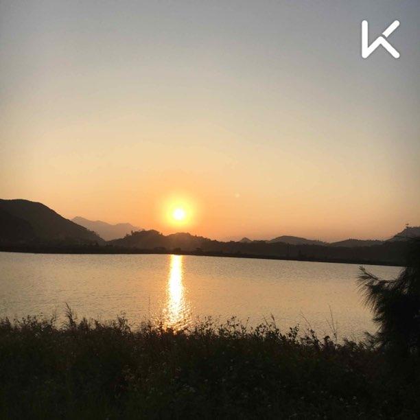 带手机跑步惹! 放一张跑海堤时拍的风景照